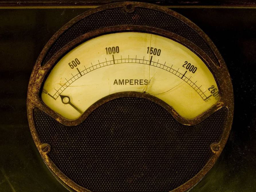 Current amperage can be both lower and higher than a maximal
